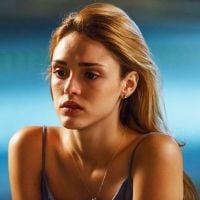 """Isabelle Drummond fala sobre Júlia, a sua personagem em """"Sete Vidas"""": """"Fiquei apaixonada""""!"""