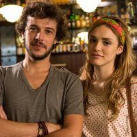 """Novela """"Sete Vidas"""": Isabelle Drummond posa com Jayme Matarazzo nos bastidores e comenta o papel"""