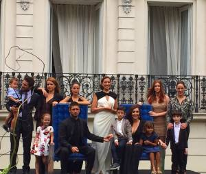 """Em """"Império"""", Marina Ruy Barbosa publica foto com elenco em seu Instagram e declara seu amor eterno pela trama"""