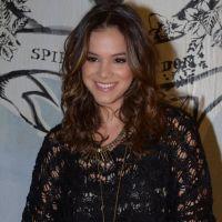 """Bruna Marquezine posta vídeo dançando: """"Viajar é tão bom, mas voltar pra casa é melhor ainda!"""""""