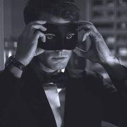 """De """"50 Tons de Cinza"""": sequência """"50 Tons Mais Escuros"""" ganha 1ª imagem incrível do Christian Grey!"""