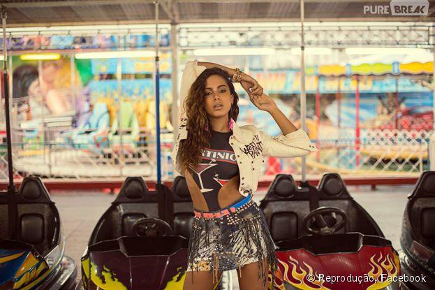 Anitta mostra ensaio fotográfico para site
