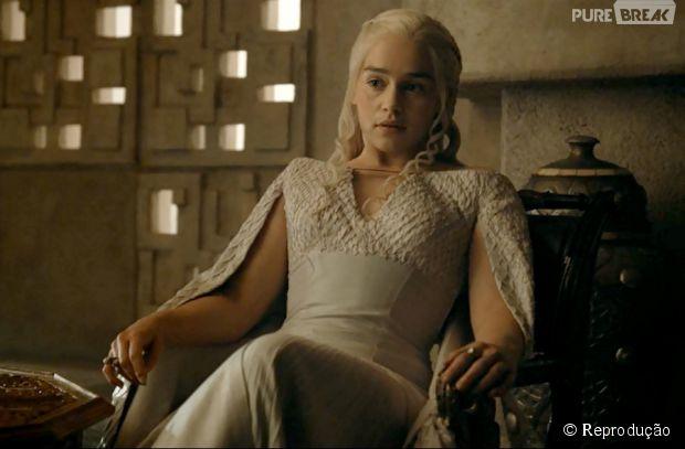 """Emilia Clarke, a Daenerys, contou suas opiniões sobre a quinta temporada de """"Game of Thrones"""""""