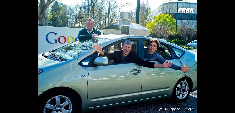 Larry Page e Sergey Brin no primeiro carro automático do Google