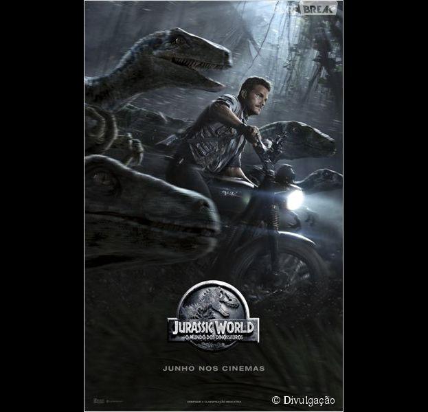 "Pôster de ""Jurassic World"", com Chris Pratt"