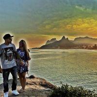 """Fernando Medeiros e Aline Gotschalg, do """"BBB15"""", postam foto romântica desejando bom dia aos fãs"""
