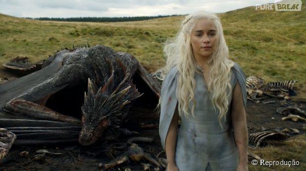 """Em """"Game of Thrones"""", Daenerys (Emilia Clarke) ficou em um beco sem saída"""