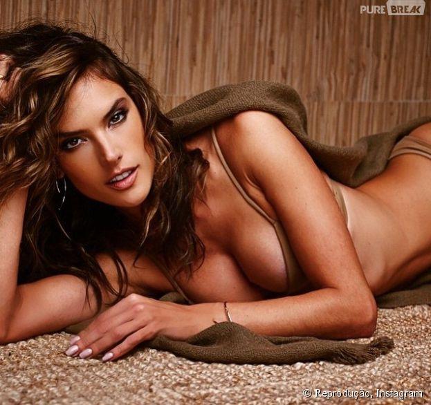 Alessandra Ambrosio vive postando fotos sensuais de suas campanhas no Instagram