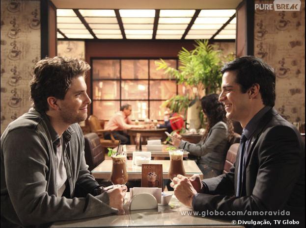 """Félix (Mateus Solano) e Niko (Thiago Fragoso) terão um encontro em """"Amor à Vida""""!"""