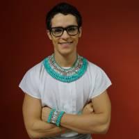 """Novela """"Os Dez Mandamentos"""": Julio Oliveira, o Chibale, comemora contato com fãs: """"Gratidão!"""""""