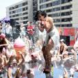 """Demi Lovato em uma das suas milhares festinhas para divulgar """"Cool for The Summer"""""""