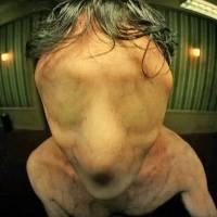 """Em """"American Horror Story: Hotel"""": veja primeiros teasers da nova temporada da série!"""