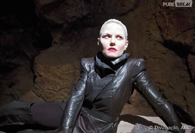 """Senhora das Trevas (Jennifer Morrison) faz uma aparição no vídeo promocional de """"Once Upon a Time"""""""