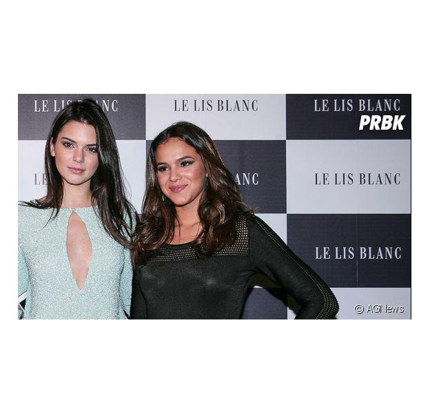 Bruna Marquezine ainda posou com Kendall Jenner e Sabrina Sato em evento paulista