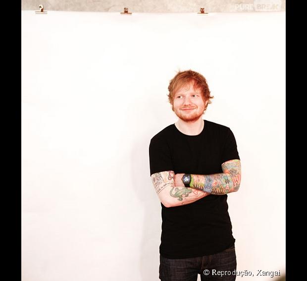 c31dbfc9b7e89 Ed Sheeran aparece sem camisa no Instagram ao curtir semana de folga ...