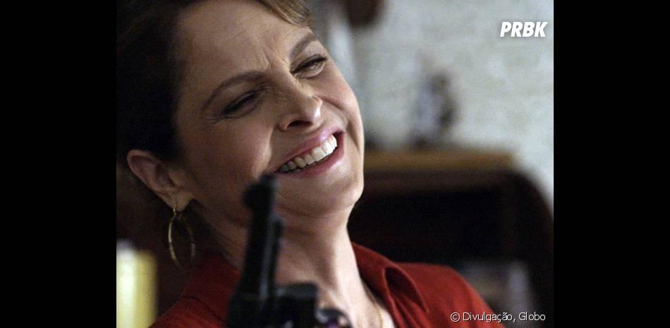 """No final de """"Verdades Secretas"""", Carolina (Drica Moraes) comete suicídio após descobrir traição!"""