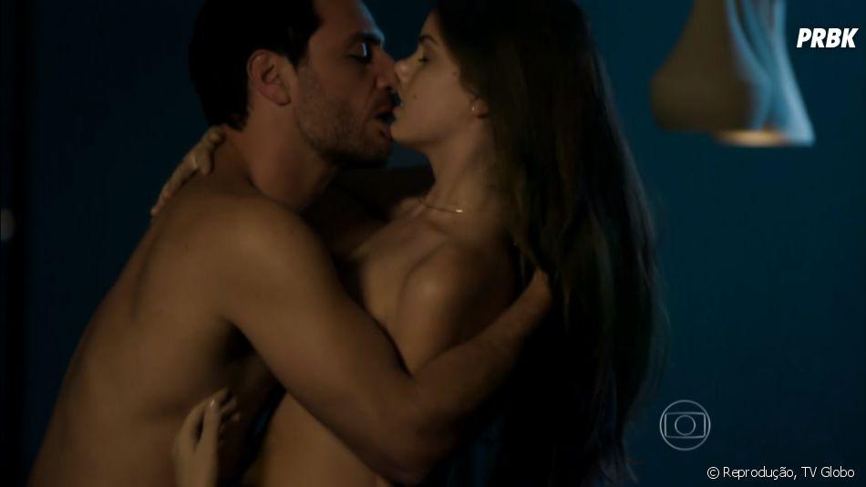 """Carolina (Drica Moraes) vai se matar após descobrir o caso de Angel (Camila Queiroz) com Alex (Rodrigo Lombardi) em """"Verdades Secretas"""""""