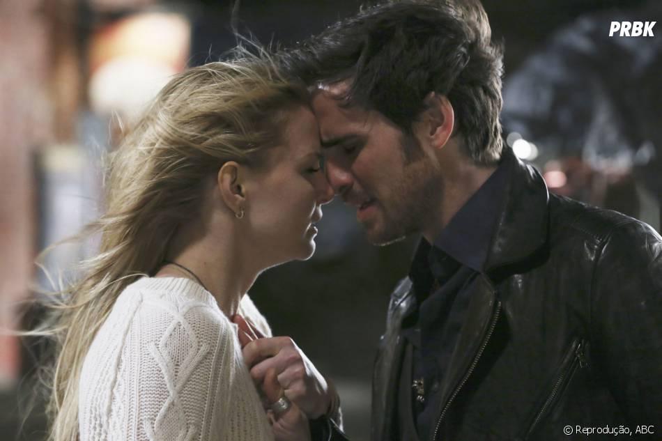 """O amor de Emma (Jennifer Morrison) e Hook (Colin O'Donoghue) está ameaçado em """"Once Upon A Time"""""""