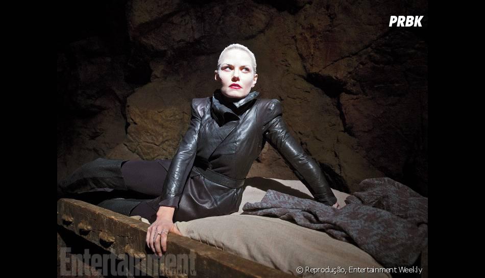 """Emma (Jennifer Morrison) vai explorar o melhor de si no lado escuro das trevas em """"Once Upon a Time""""!"""