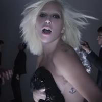 """Lady Gaga lança """"I Want Your Love"""" e arrasa em novo vídeo para campanha de moda. Veja!"""