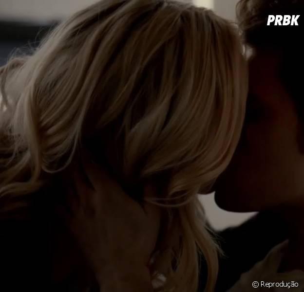 """Em """"The Vampire Diaries"""": produtora dá detalhes sobre Caroline (Candice Accola) e Stefan (Paul Wesley)!"""
