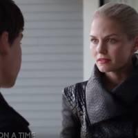 """Em """"Once Upon a Time"""": na 5ª temporada, Senhora das Trevas procura adaga e mais nas novas cenas!"""