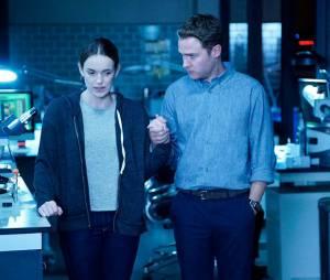 """Os fãs de """"Agents of SHIELD"""" vão ficar super abalados com o fim do romance entre Fitz (Iain De Caestecker) e Jemma (Elizabeth Henstridge)"""