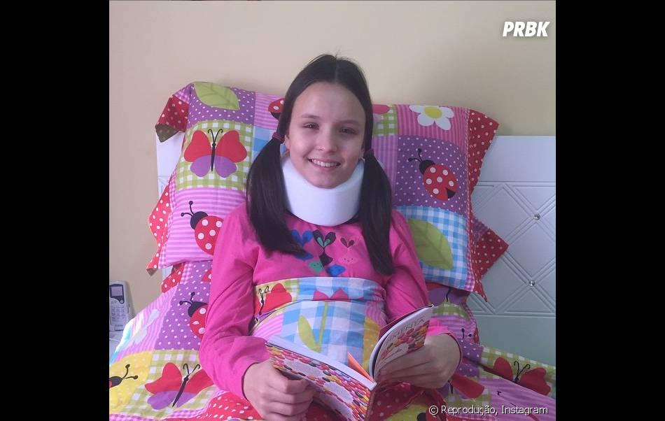 """Larissa Manoela, de """"Cúmplices de um Resgate"""", tinha caído do cavalo em junho"""