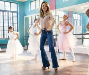 """Sandy foi convidada a atuar com as bailarinas mirins na última semana de""""I Love Paraisópolis"""""""