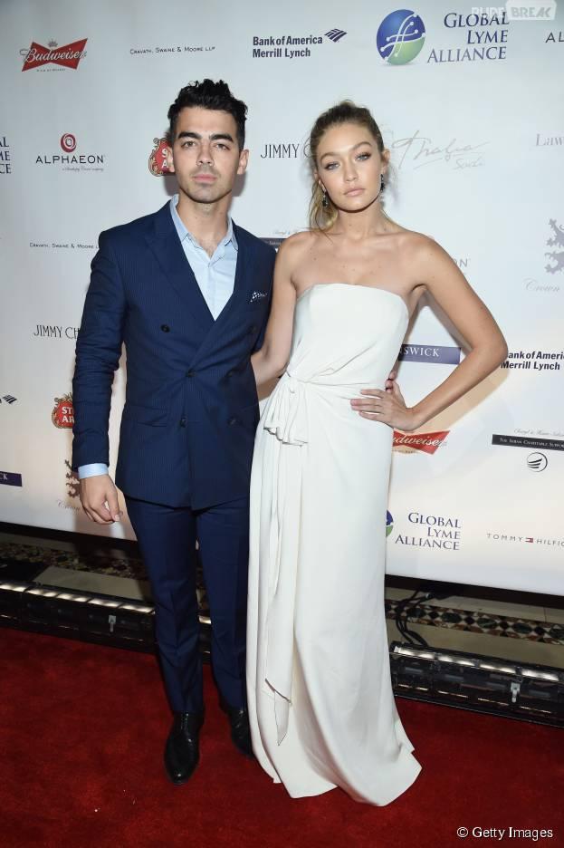 Revista afirma que Joe Jonas e Gigi Hadid estão oficialmente separados