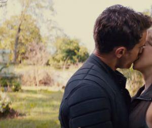 """Theo James e Shailene Woodley protagonizam cenas românticas no teaser trailer de """"A Série Divergente: Convergente"""""""