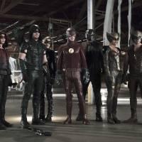 """Em """"Arrow"""" e """"The Flash"""": crossover ganha sinopses oficiais e mostra ameaça de Vandal Savage!"""