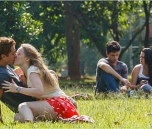 """Malu Rodrigues e Christian Monassa retratam um casal que quer perder a virgindade em """"Confissões de Adolescente"""""""