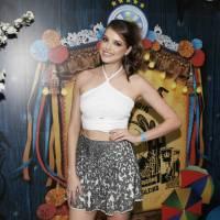 """Agatha Moreira fala sobre fantasia no Carnaval de 2016: """"Pedi pra não ficar com nada de fora"""""""