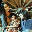 """Novela """"Os Dez Mandamentos"""":Eleazar(Bernardo Velasco) eInês(Brendha Haddad) tiveram um filho e sempre priorizaram a família!"""