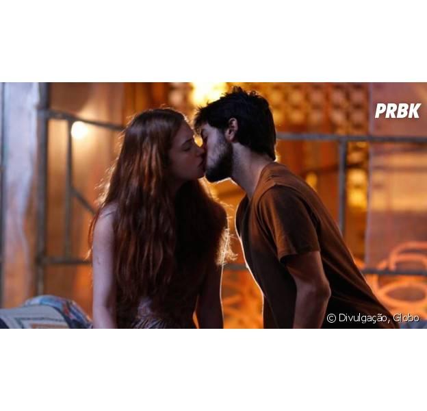 """Em """"Totalmente Demais"""": Eliza (Marina Ruy Barbosa) e Jonatas (Felipe Simas) passam noite juntos!"""