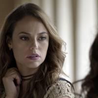 """Novela """"Além do Tempo"""": Melissa (Paolla Oliveira) perde bebê, mas não conta para Felipe!"""