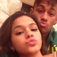 """Bruna Marquezine e Neymar nunca terminaram o namoro: """"Eles se gostam muito"""""""