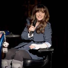 """Em """"New Girl"""": na 5ª temporada, Jess aparece de cadeira de rodas em novas imagens promocionais!"""