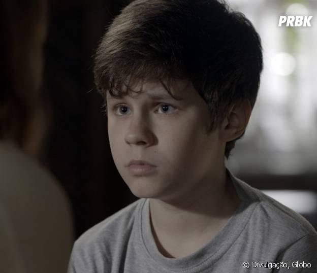 """Novela """"Além do Tempo"""": Alex (Kadu Schons) fica sem reação após revelação de Melissa (Paolla Oliveira)"""