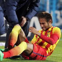 Neymar se machuca em jogo do Barcelona e fica três semanas fora. Veja o vídeo