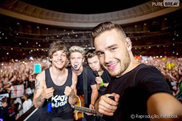 """One Direction recebe homenagem de fãs com hashtag """"#Thanks1DForAnAmazing2015"""""""