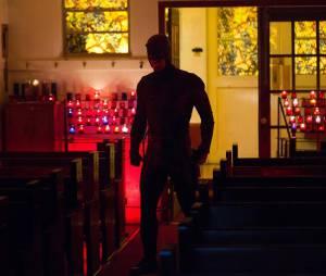 """Em """"Demolidor"""", na 2ª temporada, protagonista aparece em igreja e fãs chutam o que pode acontecer"""