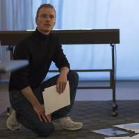"""Cinebreak: """"Steve Jobs"""" estreia nesta quinta (14) e traz Michael Fassbender como o fundador da Apple"""
