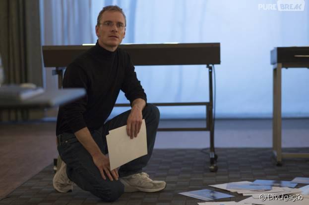 "Michael Fassbender interpretar o fundador da Apple, em ""Steve Jobs"""