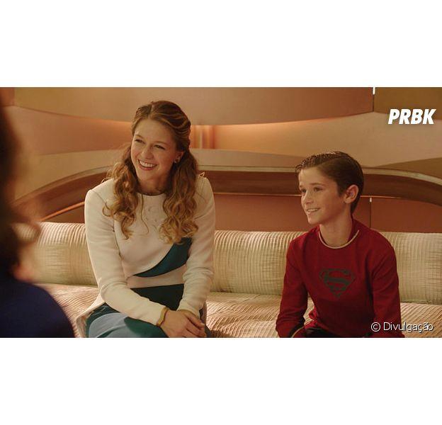 """Em """"Supergirl"""": Kara (Melissa Benoist) convive com seu primo, o jovem Superman (Daniel DiMaggio)"""
