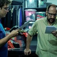 """Fábio Porchat e Gregório Duvivier terminam de rodar o filme """"Porta dos Fundos - Contrato Vitalício"""""""