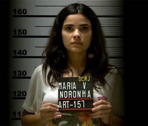 """Novela """"A Regra do Jogo"""": Tóia (Vanessa Giácomo) vira notícia após ser presa na frente de jornalista!"""