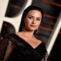 Demi Lovato faz homenagem fofa ao Dia Internacional das Mulheres e posta várias imagens no Instagram