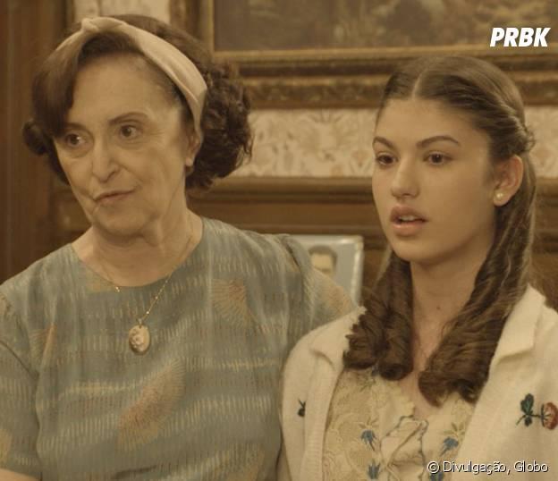 """Novela """"Êta Mundo Bom!"""", Gerusa (Giovanna Grigio) oferece Osório (Arthur Aguiar) para trabalho de vendedor"""